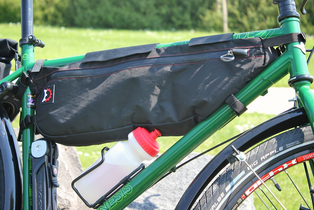 Large Bag On A 20 5 Frame The Folding Lock And 500 Ml Bottle Just Fit